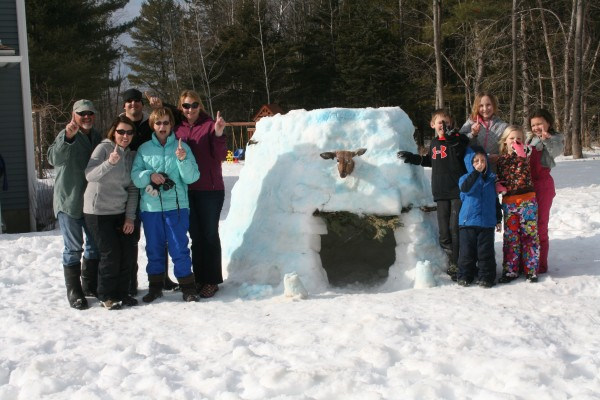 snow fort build off