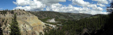 The mouth of the Grand Canyon of Yellowstone