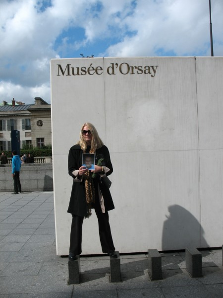 Outside Musee d'Orsay