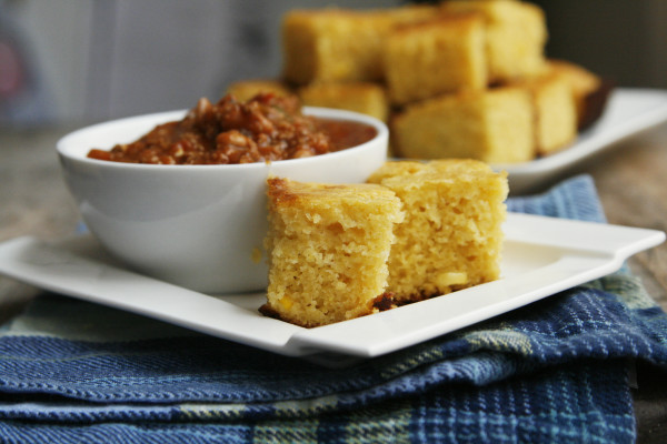 Love a sweet cornbread? This recipe for Honey Maple Cornbread yields a ...