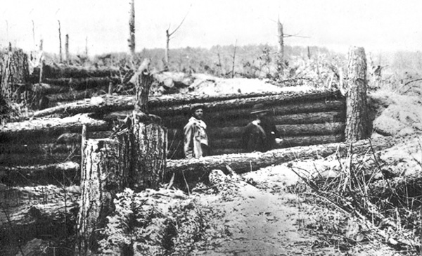 Confederate soldiers constructed some 4 miles of well-designed and -sited earthworks to prevent Union troops from capturing the Virginia crossroads hamlet of Spotsylvania Court House in May 1864. Rather than bypass the formidable defenses, Ulysses Simpson Grant launched multiple ground assaults against them. (Library of Congress)