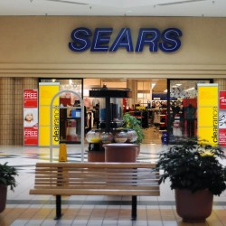 Sears to close 100 to 120 Kmart, Sears stores