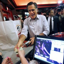 Romney regains momentum with victories in Arizona, Michigan