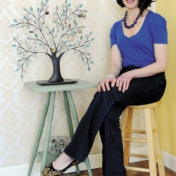 Laura Lynn Michaud is both a mom and a fashionista. Her business, Laura's Style Boutique, is located in Veazie and offers a stylish option for women's jewelry. With a style that is decidedly vintage, her creations often use repurposed vintage items.