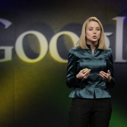Yahoo names interim CEO