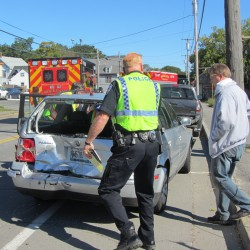 7 people escape major injury in 2-vehicle crash in Rockport