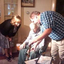No honor great enough for World War II married veteran couple from Dexter