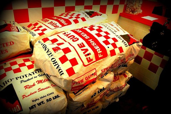 Five Guys Burgers and Fries prides itself on the use of fresh ingredients for its foods, but primarily uses Idaho potatoes. Maine's congressional delegation is hoping to convince franchise owners to use Maine potatoes at its two Maine locations.