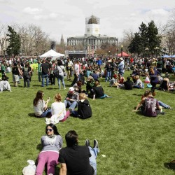 Efforts to relax pot rules gaining momentum in US