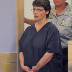 Neuropsychologist testifies that woman accused of killing husband too impaired to assist in own defense