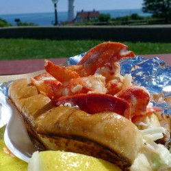 Maine chefs sweep the lobster roll competition in New York