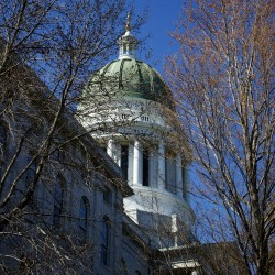 House enacts law requiring Maine high schools to allow uniformed military officers on campus