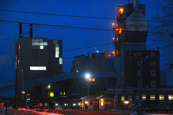 The Lincoln Paper and Tissue LLC mill in Lincoln as it appeared at dusk on Wednesday.