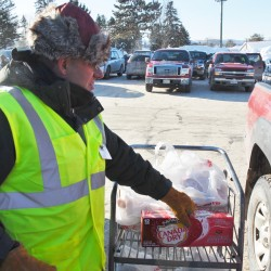 Not everyone can stay or work inside during Maine's recent cold snap. Workers like Dale Theriault at Paradis' Shop 'n Save in Fort Kent are in and out all day helping customers get groceries into their vehicles. &quotIt's not so bad, it's been good,&quot Theriault said Friday as temperatures hovered around 15 degrees below zero. &quotI just make sure my hat and my scarf is on.&quot