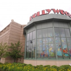 Hollywood Casino is the recipient of the 2014 Business of the Year Award.
