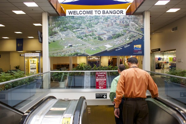 Bangor International Airport announced that United Airlines was returning to the airport to offer seasonal, round-trip service to Chicago effective June 5. It will be the airport's first direct service to Chicago since United pulled out in 1993 because low passenger numbers made the service uneconomical.