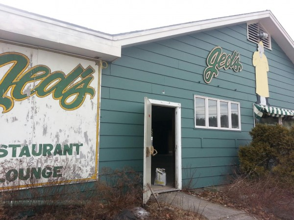 The former Jed's Restaurant on Route 1 should reopen by early summer as ALLPLaY-Belfast Family Entertainment Center, offering candlepin bowling, regulation pool, arcades and more.