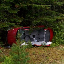 3 Canadians injured when motor home crashes through guardrail in Island Falls