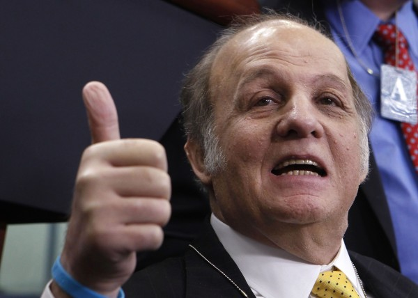 Former White House Press Secretary James Brady gives a thumbs-up to everyone as he visits the White House press briefing room in Washington in this file photo from March 30, 2011. Brady, critically wounded in the 1981 assassination attempt on U.S. President Ronald Reagan, has died, a spokeswoman told Reuters August 4, 2014. He was 73.