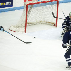 Hockey East goes down to wire