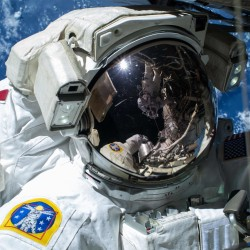 Astronaut from Maine says living in space is 'kind of stinky' like camping, but without gravity