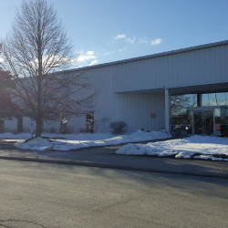 Online home furnishings company Wayfair will open a pair of facilities in Maine, bringing 450 jobs to Bangor, at the former L.L. Bean call center seen here in January, and 500 to Brunswick.
